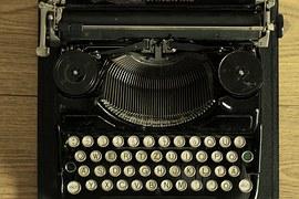 typewriter-472849__180